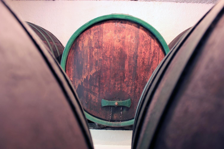 Holzfass Weinkeller 1